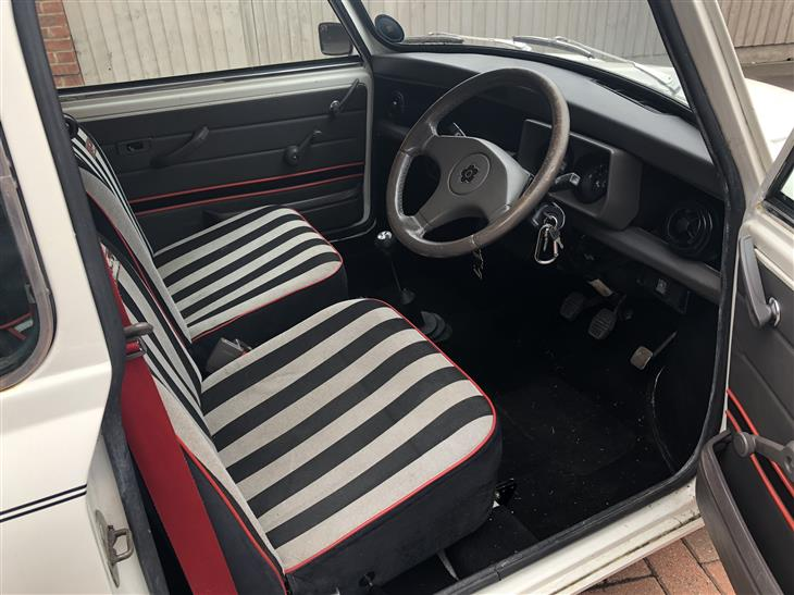 Amazon Car Scams >> Classic 1988 LEYLAND MINI DESIGNER - MARY QUANT EDITION for sale - Classic & Sports Car (Ref Beds)